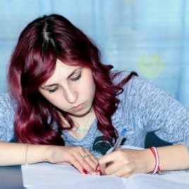 7 strategies to get off the college waitlist