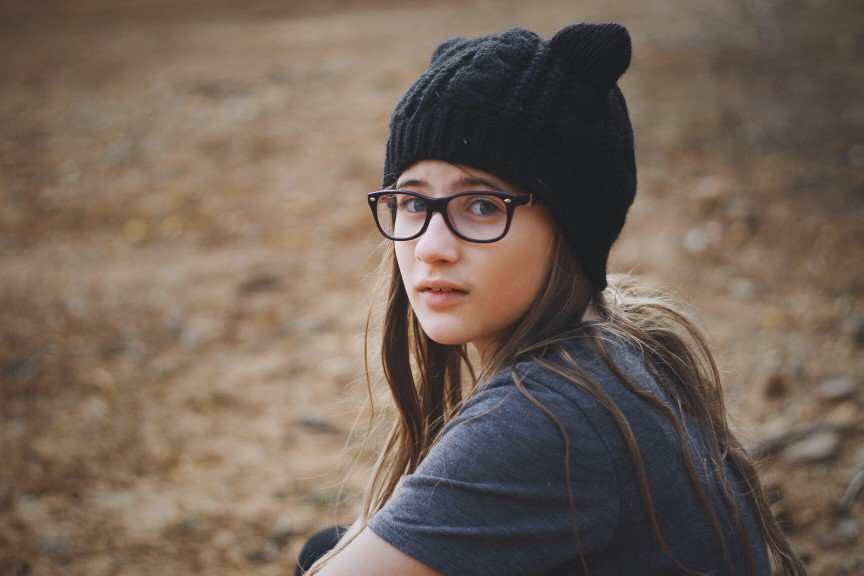 teen girl in hat