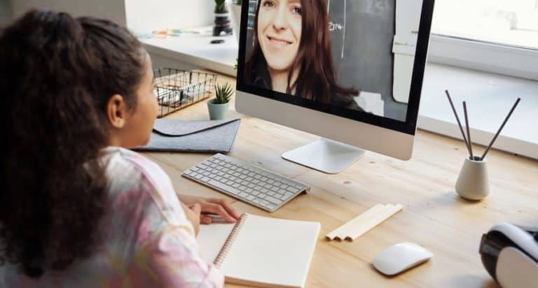 online learning with girl and teacher
