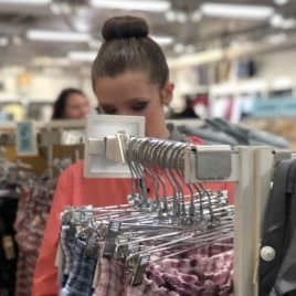 teen girl shopping